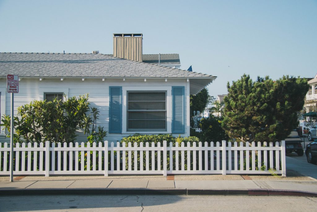 rental house picket fence